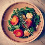 Aprikose | Ziegenkäse | Rucola | Himbeervinaigrette