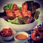 Weißwurst   Knuspermantel   Salat   Süßer Senf